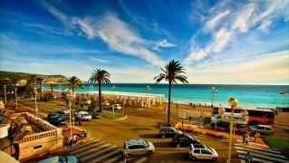 resort_on_the_beach-wide