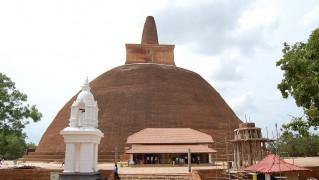 Abhayagiriya_Stupa_3