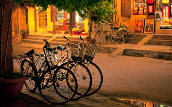 Bicycles-Parked-in-the-Street