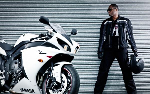 Bike-Rider-Posing