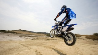 Biker-Jump-in-the-Desert