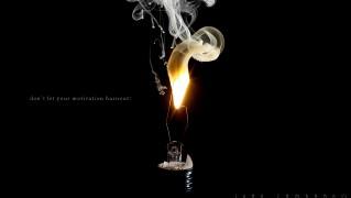 Broken-Bulb-Light-with-Smoke