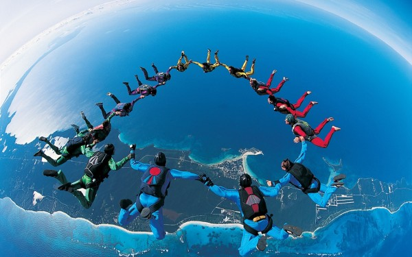 Group-Jump-from-Airplane