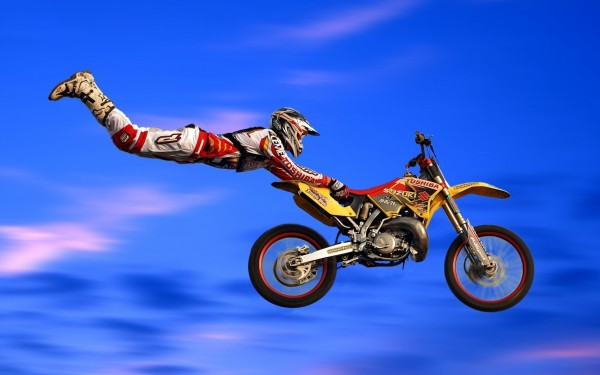 Motorcycle-Acrobatic-Jump