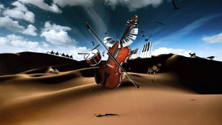 Piano-and-Violin-in-the-Desert