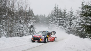 Race-Car-in-the-Snow