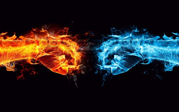 Red-Fire-Hand-vs-Blue-Ice-Hand
