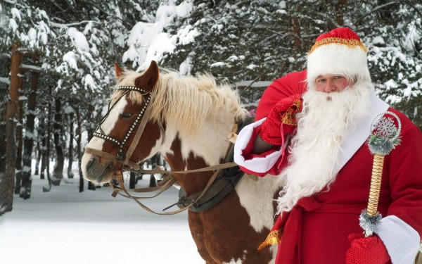 Santa-Claus-with-his-Horse-in-Christmas